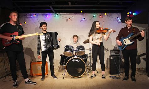 Battle of the Folk Bands 2019: DLÙ – Hands Up for Trad