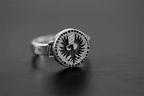 Dark Souls Hawk Ring sterling silver by TotemSilser on